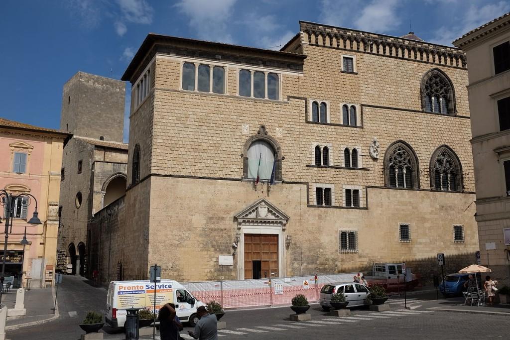 Tarquinia_Palazzo_Vitelleschi_AvL